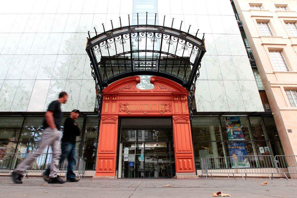 2048x1536-fit_marseille-le-14-octobre-2012-la-bibliotheque-de-l-alcazar-dans-le-quartier-de-belsunce